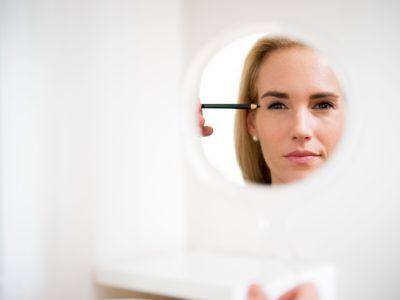 Augenfalten behandeln & Falten entfernen in Salzburg. Botox & Unterspritzungen